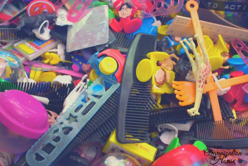 Control the Toy Clutter - Organizing Toys on a Budget - TheOrganizationHouse.com