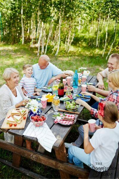 How to Organize a Family Reunion - TheOrganizationHouse.com